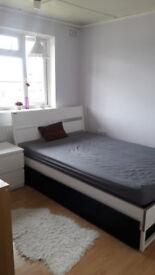 Clean n Quiet Double Room To Rent/ Good WiFi/ Two weeks deposit