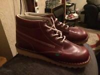 Men's kickers size 11