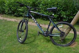 Mountain Bike - GT Avalanche - XL frame - 26' wheels