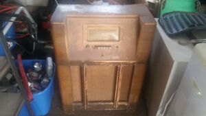 Old radio. $20 or any offer.