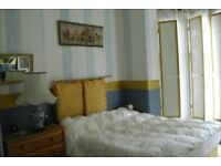 4 WEEKS OWN ENTRANCE NOTTING HILL DOUBLE VICTORIAN ROOM, LIGHT, SPACIOUS AND CHARMING