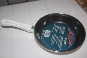 LE SITRAM Quality NonStick Heavy Weight Saute / Fry Pan