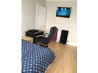 Double room available in Fishponds shared house