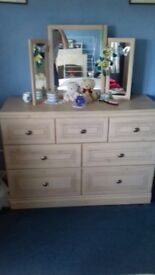 Light Wood Veneer Bedroom Furniture Set