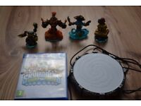 Skylanders swap force PS4 bundle used in very good condition