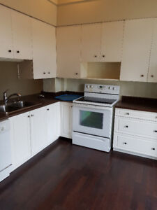 Large 3 bedroom house for rent close to college