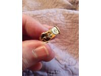 18ct buckle ring with 2 diamonds