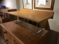 Desk shelf in oak veneer