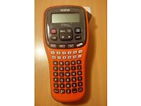Brother P-touch E100 handheld label printer