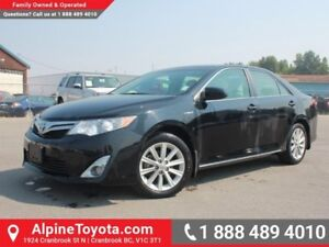2013 Toyota Camry Hybrid XLE  -  Leather Seats -  Fog Lamps