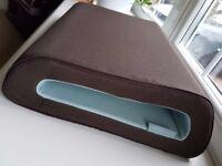 Belkin Cushtop Laptop Cushion Rest in brown
