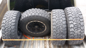 GMC / Chevy Truck aftermarket rims / tires