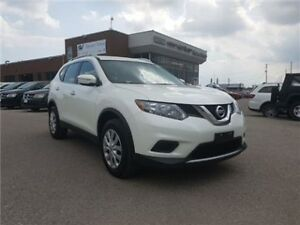 2015 Nissan Rogue SV Rear Camera, ALL Wheel Drive !!!