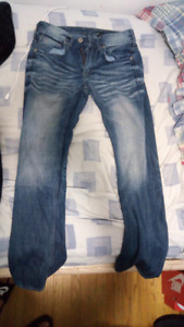 HUGE LOT OF PANTS/JEANS/JOGGERS SIZE 28 - 30 NEED GONE ASAP