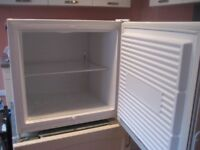 Worktop Zanussi Freezer 50l
