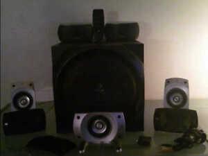 logitech z5500  ORDI console de jeux ect 505 watts rms optique