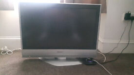 """For sale 32"""" PANASONIC TV only 50£!"""