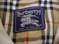 MENS BURBERRY MAC hardly worn, fly front