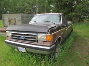 1994 Ford F-250 Pickup Truck for parts