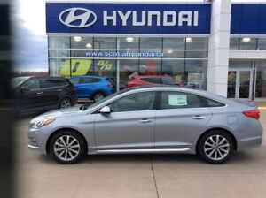 2016 Hyundai Sonata LIMITED with MOONROOF ONLY $177* BI-WEEKLY