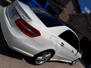 Mercedes benz E350 4matic fully loaded 2011