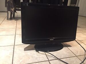 30 inch insignia screen tv
