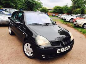 Renault Clio 1.2 one owner from new ideal first car 895