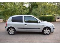 Renault Clio 1.2 16v extreme petrol low milage 35k, new MOT, BARGAIN AT THIS PRICE !!!