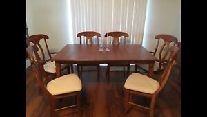 Solid maple dining table chairs and leaf