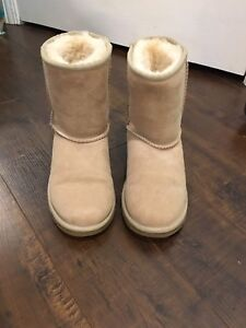 Authentic Uggs - Sand colour
