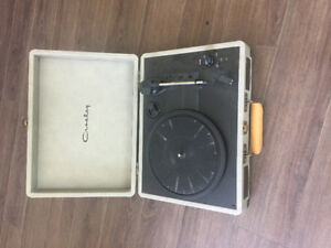 Grey Crosleys Cruiser Record Player