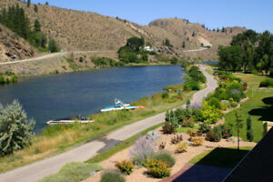 Furnished Skaha Lake condo - Okanagan Falls