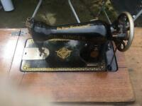 1930s Singer Sewing Machine and Table
