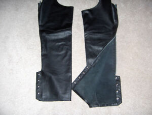 Golden Crown leather motorcycle chaps by Bristol, size XL