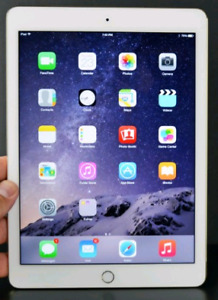 Ipad mini 2 like new with the charger and box