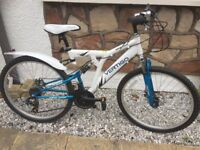 Unisex Mountain Bike with Stand and Lights