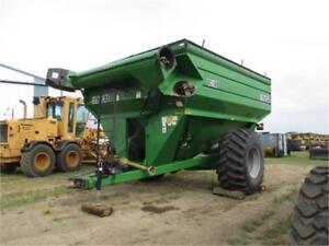 2003 Frontier GC1108 Grain cart