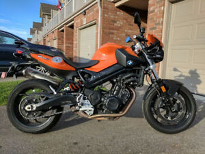 '10 BMW F800R completely stock & new tires - perfect condition