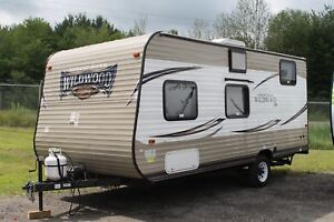 2016 Wildwood by Forest River Wildwood FS Edition  195BH