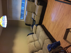 Couch with recliners on both ends