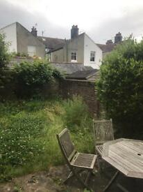 2 Bedroom Garden Flat for rent