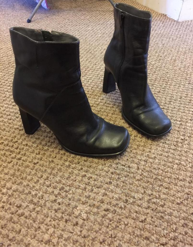 Womens boots UK 5in Exeter, DevonGumtree - Size 5 boot heels from faith, worn but still in great condition