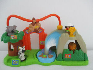 4 Figurines Au Zoo Little People Sonore