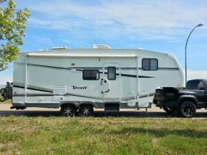 2006 Terry 27.5ft Fifth Wheel