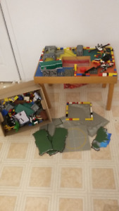 Vintage lego table and lego