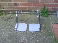 NEW !!! Wheelchair Universal Footrests Silver And Grey