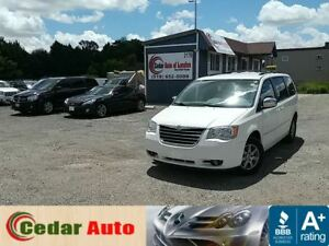 2010 Chrysler Town & Country Touring - DVD