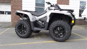 CAN-AM 650 SPECIAL PRICE ONLY 5 LEFT $33.00 WEEKLY TAX IN o.a.c
