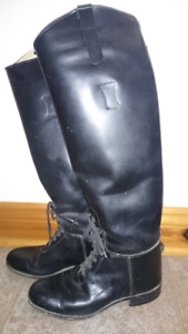 Riding  boots - equestrian