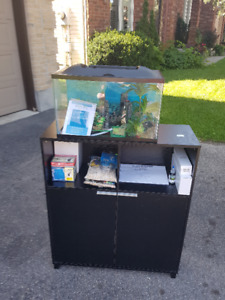 Brand New 5 Gallon Fish Tank with Stand and All Accesories